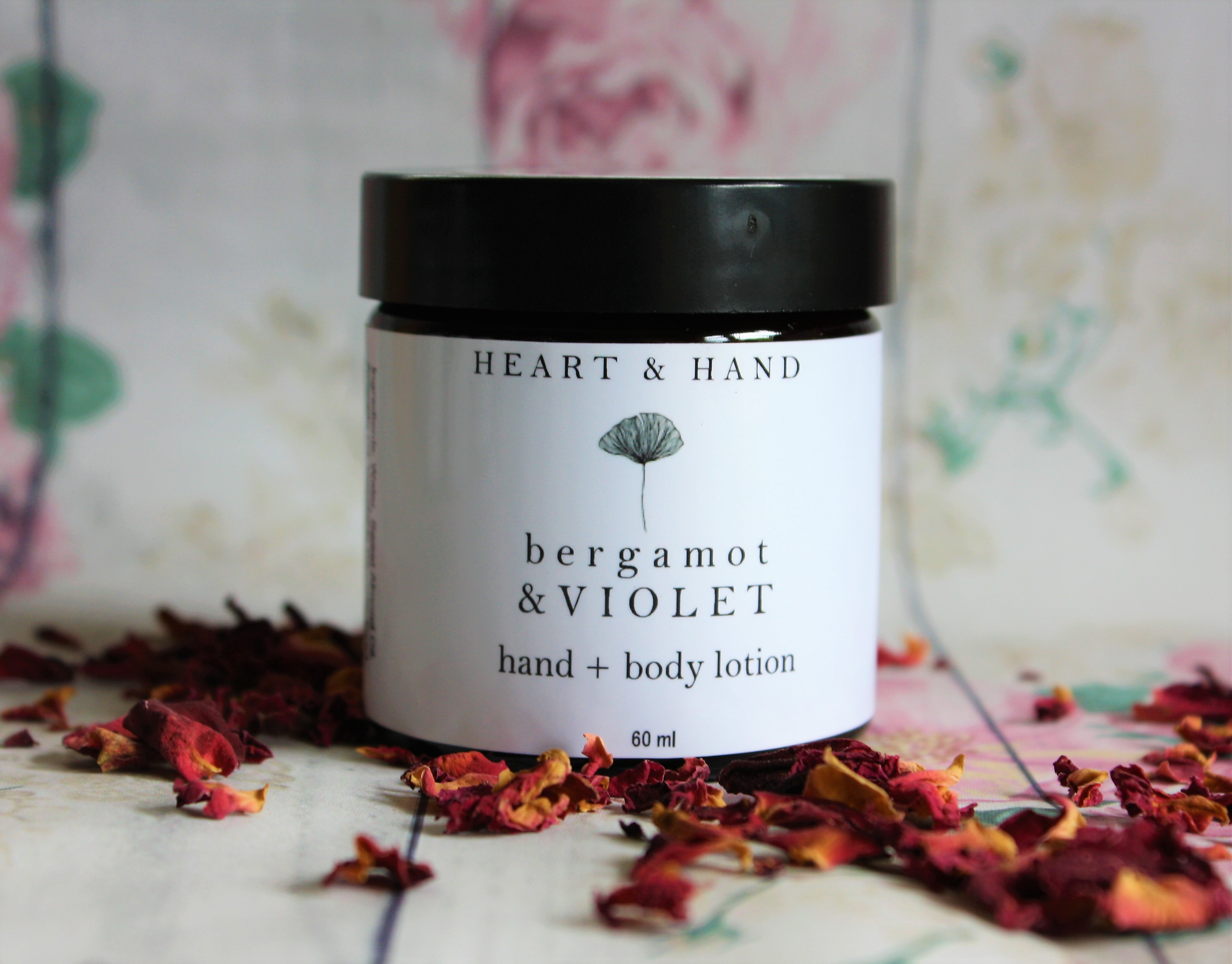best bergamot and violet lotion pot